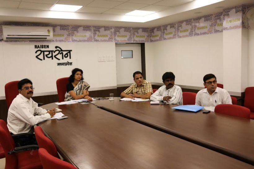 सीएम ने की उदयपुरा ग्रामीण समूह जल प्रदाय योजना की समीक्षा