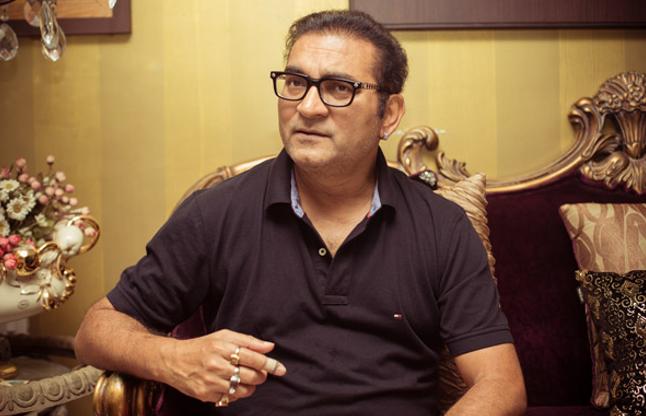 Singer Abhijeet Bhattacharya Said, Twitter Is Anti-Modi And Anti-Hindu -  अभिजीत ने कहा कि मोदी और हिंदू विरोधी है ट्विटर | Patrika News