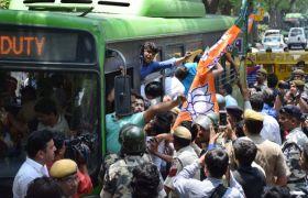 बिहार में खराब रिजल्ट का विरोध जारी, राज्यपाल से मिले भाजपा नेता