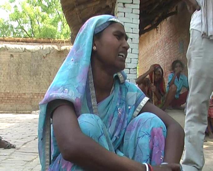 मोबाइल को लेकर हुआ विवाद, नशेड़ी बेटे ने मां को चाकू से गोदकर मार डाला