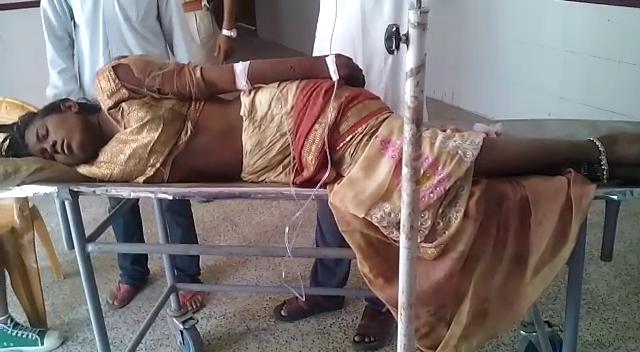 सीएम योगी के गृह जिले में ऑनर किलिंग का प्रयास, प्रेमी- प्रेमिका को चाकू से गोदा