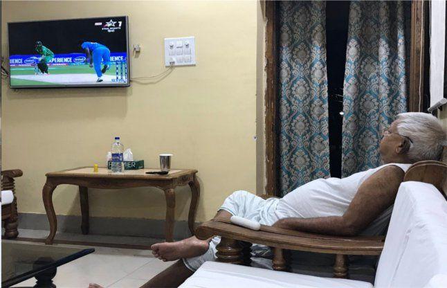 भारत-पाकिस्तान मैच के बाद लालू का ट्वीट, अंग्रेजी पढ़कर अंग्रेज भी बेहोश, आप भी देखें...