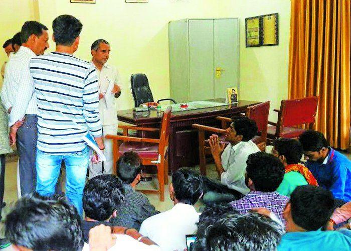 अभाविप-डीएसओ कार्यकर्ता भिड़े, मारपीट का आरोप
