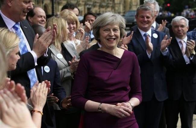 ब्रिटेन: ब्रेग्जिट पर दोबारा चुनाव कराना चाहते हैं आधे से ज्यादा लोग