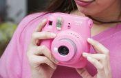 फ्यूजीफिल्म ने 5,999 रुपए में लॉन्च किया 'इंस्टैक्स मिनी 9' कैमरा