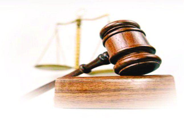लूट से बचाने को बनाया फीस कानून: राज्य सरकार