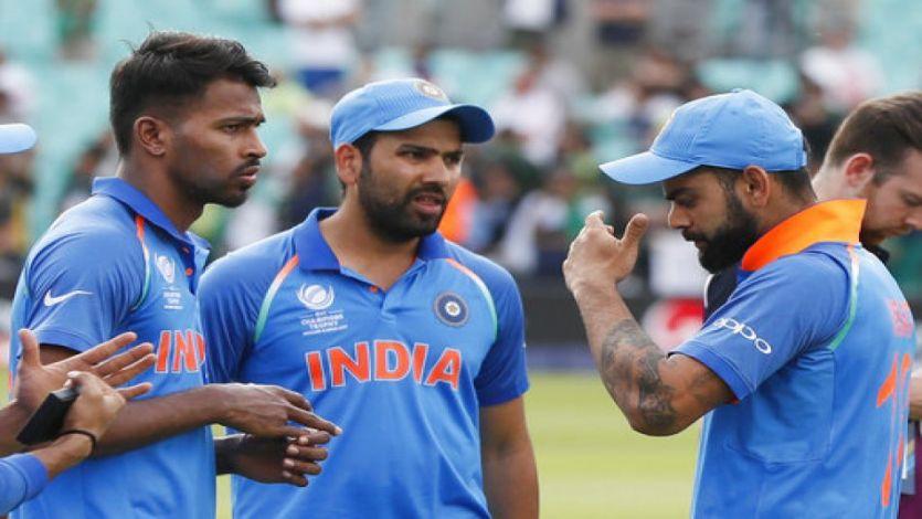 Champions Trophy: हार के बाद भावुक रोहित के साथ खड़े हुए समर्थक