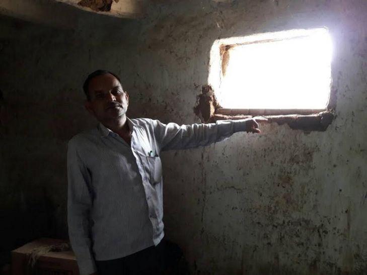सोनभद्र में पेट्रोल पंप पर लाखों की चोरी, चोरों ने ऐसे दिया वारदात को अंजाम