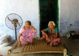 ईदागाह की हिफाजद करती आ रही तीसरी पीढ़ी, गंगा-जमुनी की मिसाल बनी दौलतदेवी