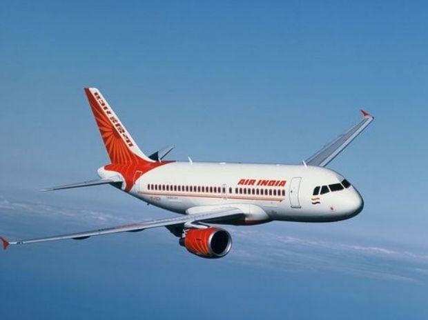 कतर में फंसे 7 लाख भारतीयों को एयरलिफ्ट करने की तैयारी में सरकार