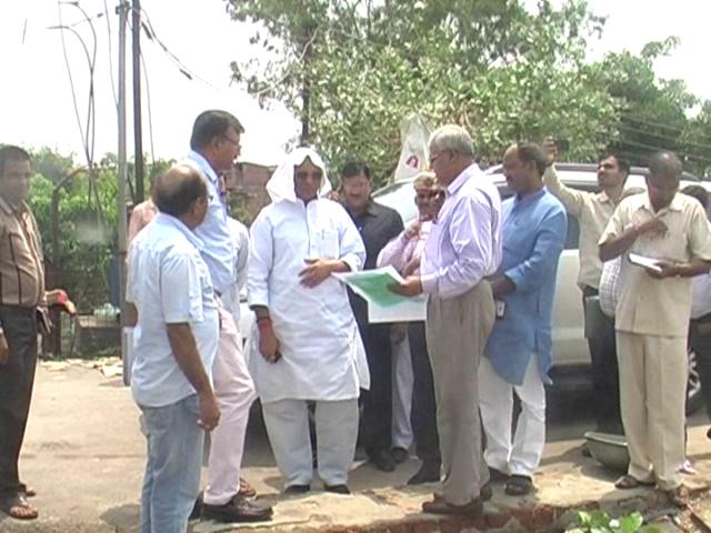 बाढ़ से गोरखपुर पूरी तरह सुरक्षित: धर्मपाल सिंह