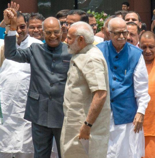 राष्ट्रपति चुनाव: NDA प्रत्याशी रामनाथ कोविन्द ने भरा पर्चा, मोदी और शाह रहे साथ