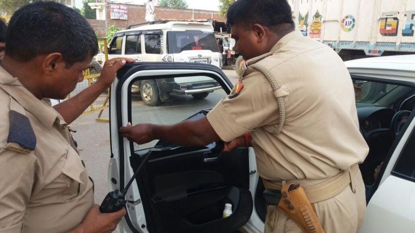 वाहन चेकिंग के दौरान पुलिस ने 70 किलो गांजा किया जब्त