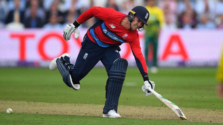टी-20: 'ऑब्सट्रक्टिंग द फील्ड' के तहत आउट होने वाले पहले बल्लेबाज बनेजेसन रॉय