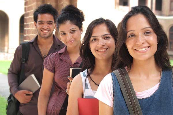 आईएएस बनने छात्रों मेंबढ़ रही रुचि
