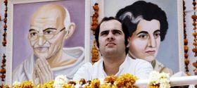 EXCLUSIVE - आपातकाल : सिर्फ तीन फैसलों ने संजय गांधी को भारत का हिटलर बना दिया था