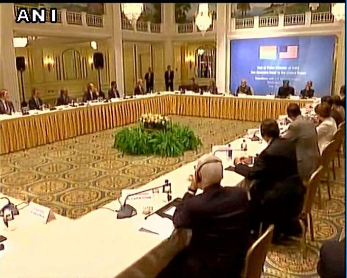 अमरीका: टॉप कंपनियों के CEOs से मिले मोदी, बोले भारत में निवेश से फायदा ही फायदा