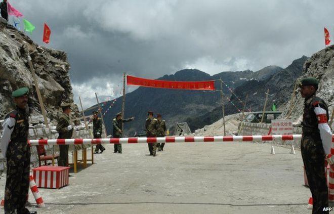 सिक्किम: चीनी सैनिकों ने भारतीय सीमा में की घुसपैठ, तोड़े बंकर