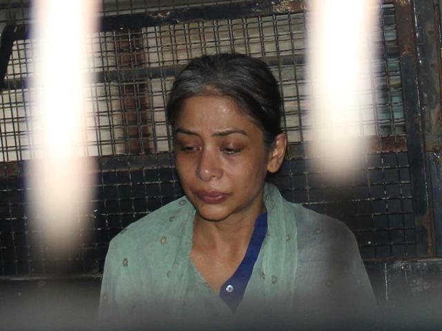 इंद्राणी मुखर्जी पर अब जेल में दंगा फैलाने का आरोप, FIR दर्ज