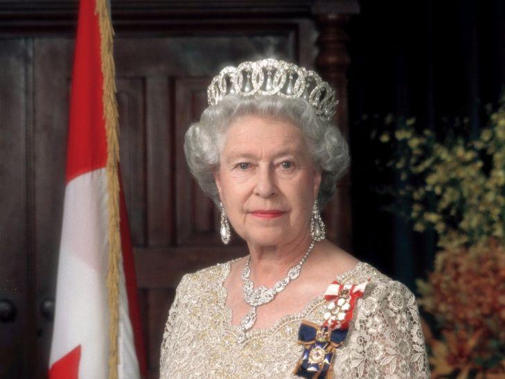 ब्रिटेन की महारानी की तनख्वाह में 78% का इजाफा, मिलेंगे 620 करोड़ रुपए