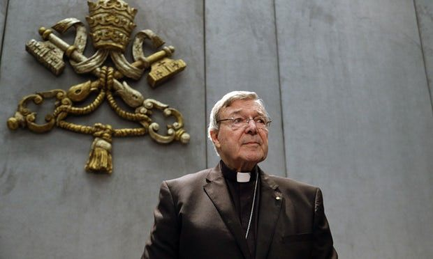 पोप फ्रांसिस के सहायक और वरिष्ठ कैथोलिक धर्मगुरु पर बाल यौन अपराध के आरोप तय