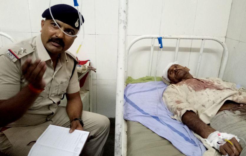 बमोरा में भिड़े दो परिवार, जमकर चले हथियार, सात लोग घायल