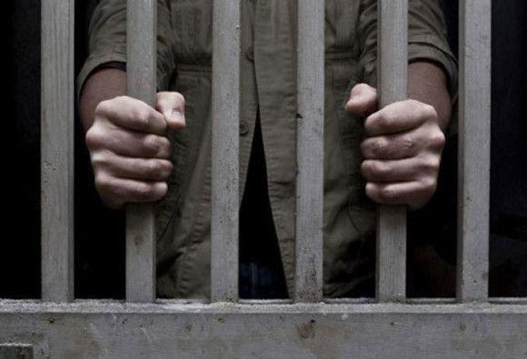 BREAKING: जेल में बंद सजायाफ्ता कैदी की बेरहमी से पिटाई, गंभीर हालत में वाराणसी रेफर