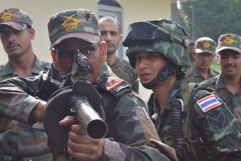 भारत-थाइलैंड की सेना कर रही संयुक्त अभ्यास, तस्वीरें