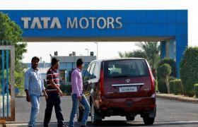 GST असर: टाटा ने अपनी गाड़ियां के दाम 2.17 लाख रुपए तक कम किए