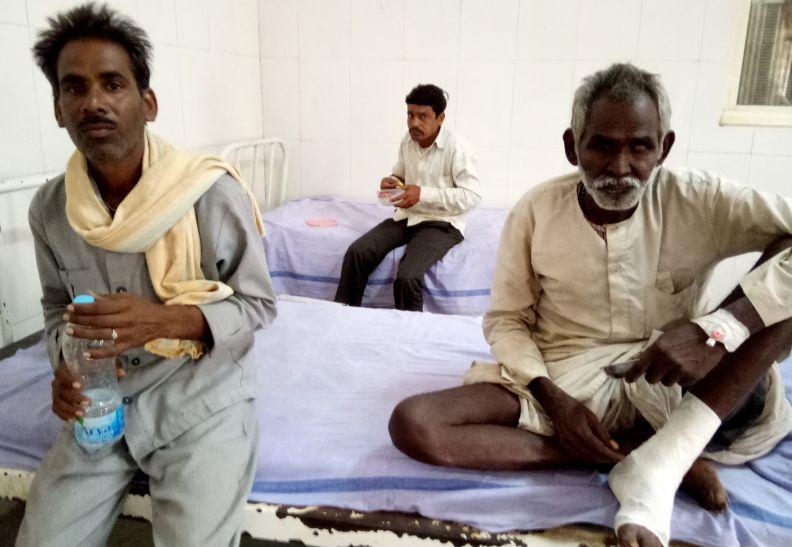जिला अस्पताल में मरीजों को नहीं मिल रहा इलाज