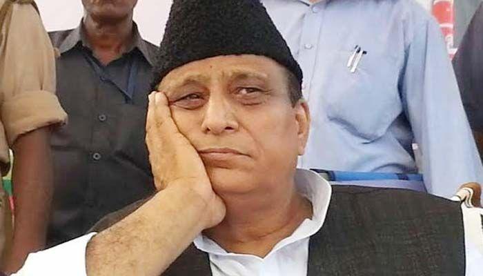 पुलिस चौकी के सामने तोड़ा गया आजम खान के नाम का पत्थर