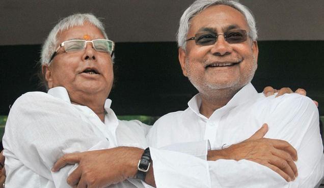 PMO ने नीतीश कुमार को दी थी लालू के ठिकानों पर छापेमारी की जानकारी: सूत्र