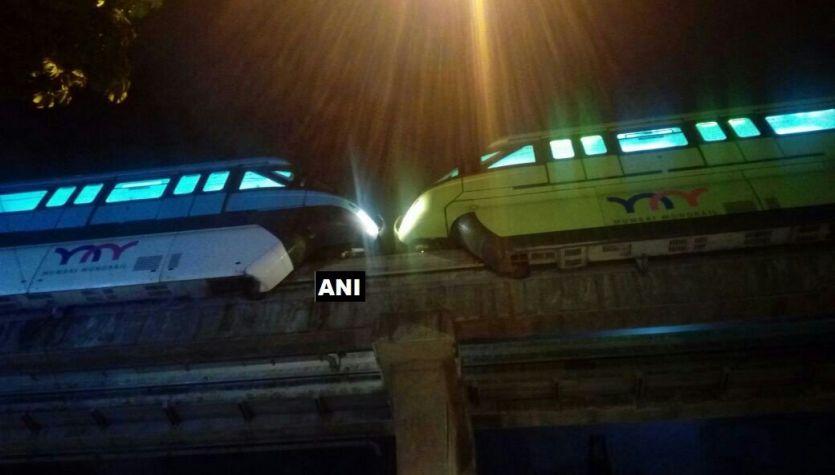 मुंबई में आमने-सामने आईं दो मोनो रेल, बड़ा हादसा होने से बचा