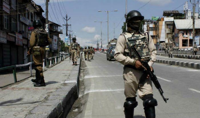 कश्मीर घाटी में सुरक्षा बलों के असलहों को GPS से लैस करने की तैयारी