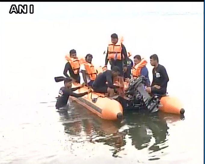 Video: नागपुर में सेल्फी लेने के चक्कर में पलटी नाव, एक की मौत, 7 लापता