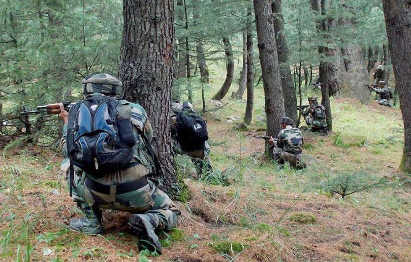 कश्मीर: LOC पर घुसपैठ की कोशिश नाकाम, दो आतंकी ढेर