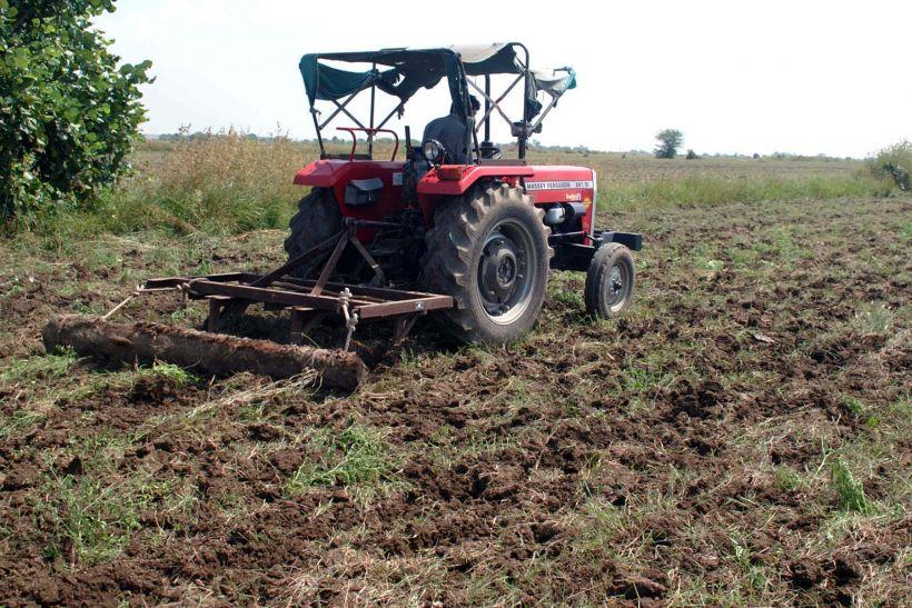 अनुदान वाले कृषि उपकरणों में भी चल रहा कमीशन का खेल