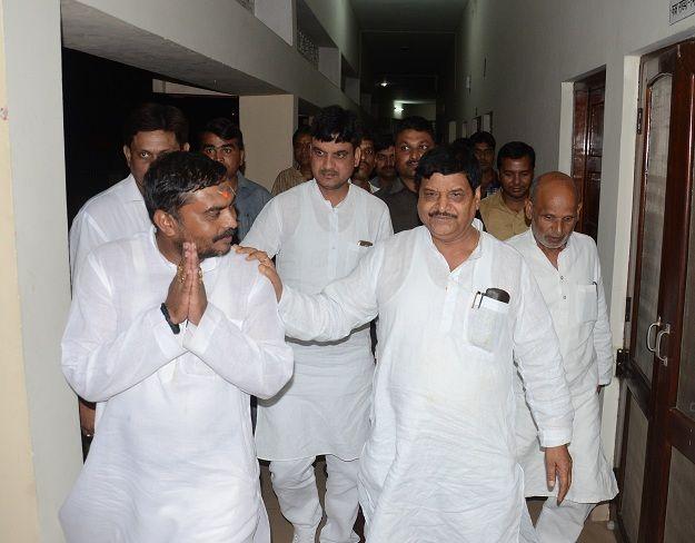 Samajwadi Party Split News : सपा में टूट तय, जदयू के प्रदेश अध्यक्ष बनेंगे शिवपाल!