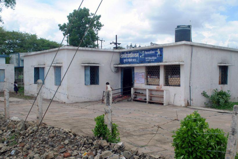 ऐसा है सीहोर जिले में शिक्षा का स्तर : 150 स्कूल शिक्षक विहीन, नहीं खुलते ताले