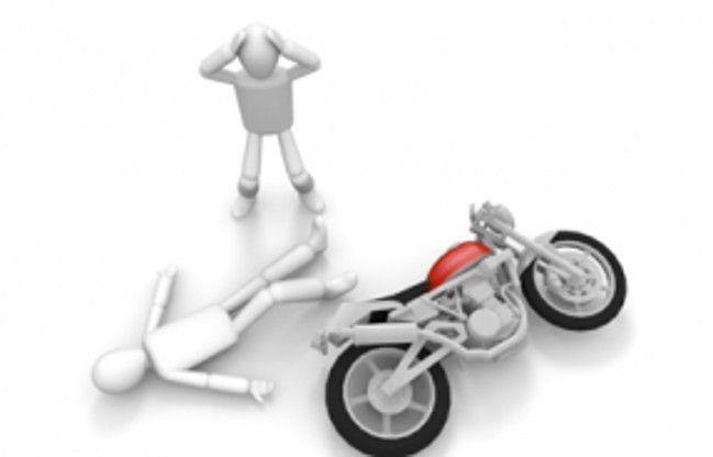 बाइक को हाइवा ने पीछे से मारी ठोकर, एक बच्ची की मौत