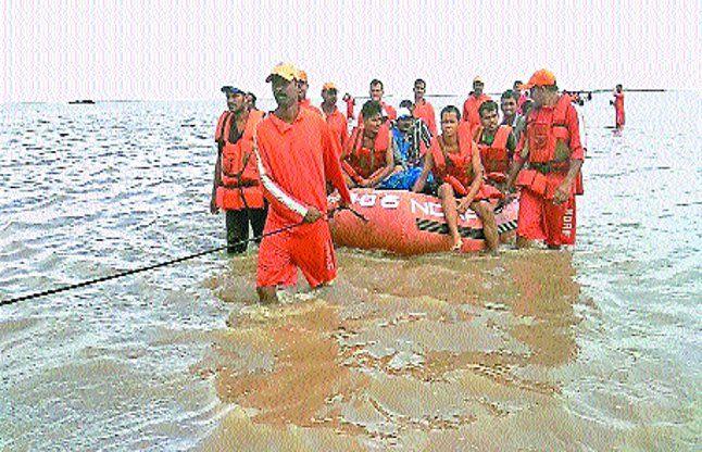 एक किशोर समेत चार की डूबने से मौत