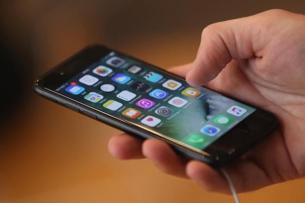 टेलीकॉम उपभोक्ताओं को झटका, बंद होंगे जियो जैसे फ्री ऑफर्स!