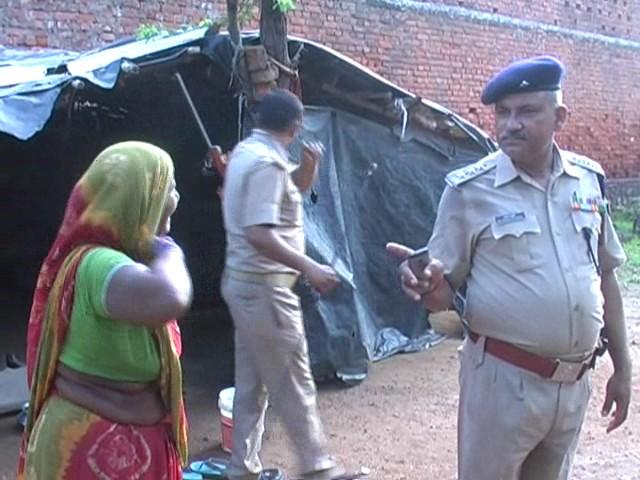 Mahoba Police Raid in Illegal Liquor