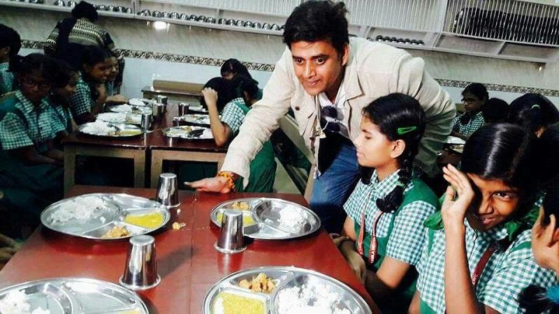 ravi kishan birthday celebration