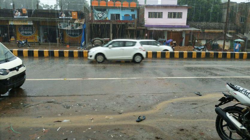 बीजापुर जिले का संभाग मुख्यालय से टुटा संपर्क मिंगाचल नदी उफान पर