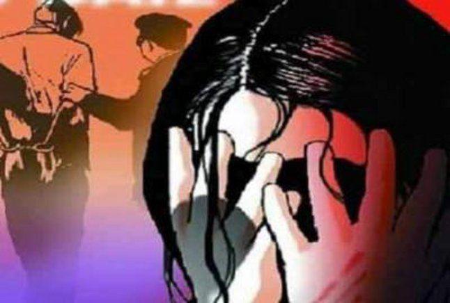 rapist uncle: सात साल की भतीजी के साथ चाचा ने की हैवानियत, दर्द से तड़पती मासूम का हुआ यह हाल