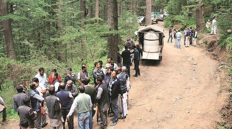 शिमला दुष्कर्म केसः पिता ने बताया, मैंने उसे जानवरों के बारे में चेताया था, लेकिन इंसान जानवर से बदतर निकला