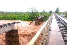 रेलवे के बड़े पुलों की हो रही 24 घंटे निगरानी, नहीं की ट्रेनों की रफ्तार धीमी