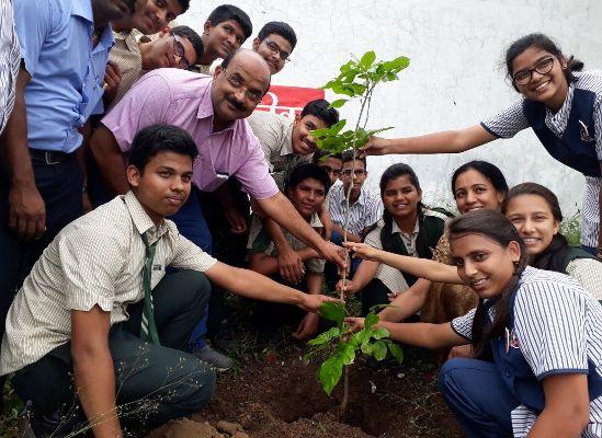 एक-एक पौधा नई पीढ़ी के लिए वरदान साबित होगा