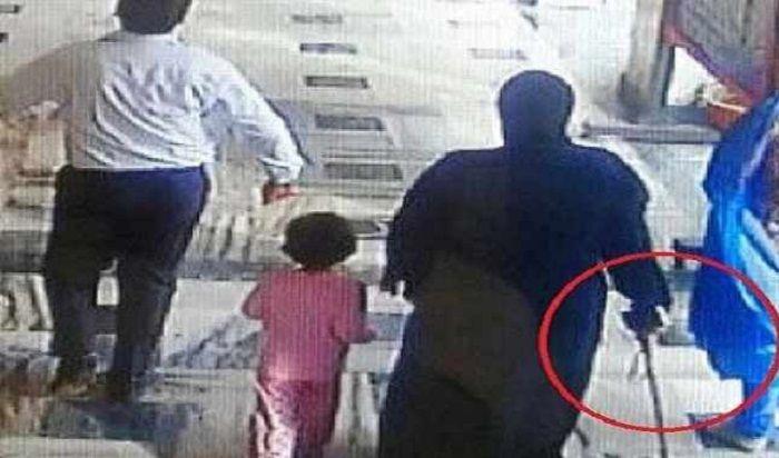 स्कूल में घुसकर बच्चियों को हंटर से मारने वाली पूर्व मंत्री की बेटी की गिरफ्तारी पर रोक
